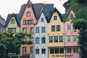 Bild 5:10. Pastellfärgade putsade fasader, Tyskland. Foto: Torbjörn Osterling.