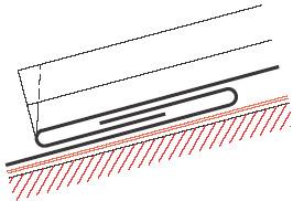 """Figur10:21. Hakfals med rörelsemån, """"Enkel förstorad hakfals"""". Används som hakfals vid taklutning ≥30° där rörelsemån krävs. Figuren visar en knuten ståndfals."""