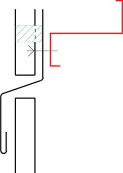 Figur10:66. List mellan profilerade plåtar på vägg.