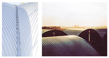 Bild 9:15. Krökta takytor täckta med profilerad plåt. Foto: Osmo Kurki.