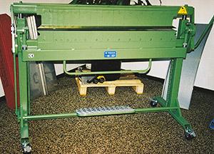 Bild 9:18. Lådbockmaskin för bland annat kassettillverkning. Foto: Osmo Kurki.